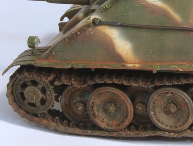 Jagdpanther Tamiya (char fini) 1/35 - Page 3 IMG_3028_001