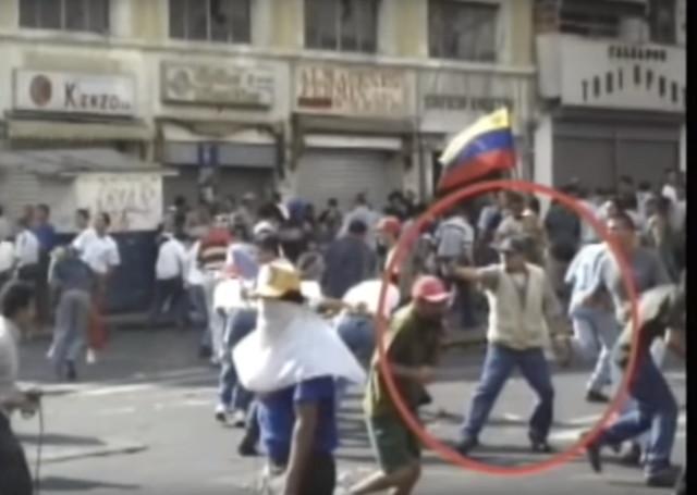 ¿Chavez (Tiburón 1) ordeno a su gente matar el 11 de Abril del 2002 ?  Pistol213