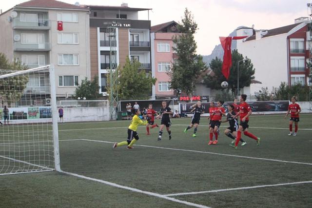 zafer_kupasi_2018_kadin_futbol_turnuvasi_15