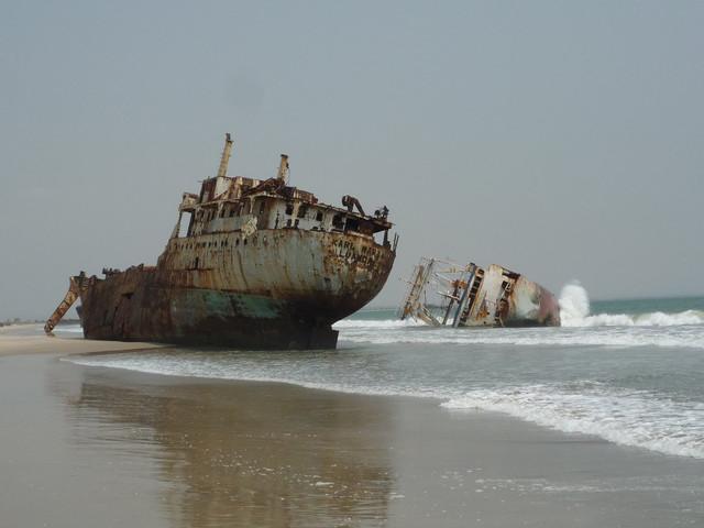 [Imagen: ship_01_wreck_08.jpg]