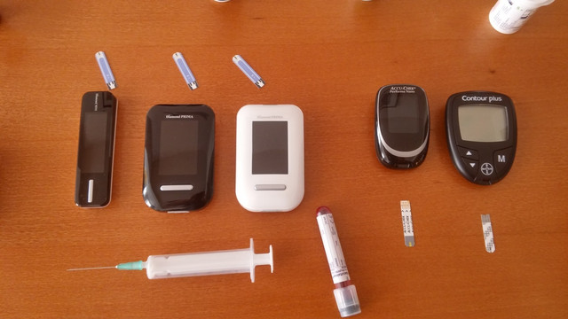 Glucose meter test at home 01