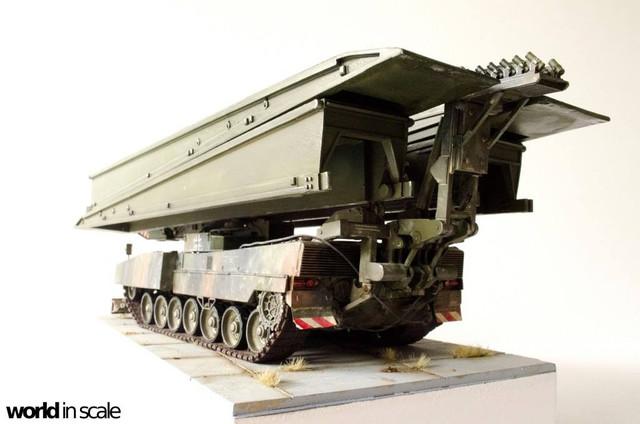 Panzerschnellbrücke LEGUAN - 1:35 v. Y-Modelle 32458564_1044704369030411_6565912441803243520_o