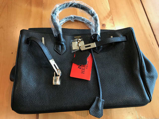 5c6d833d5e7d I have received a number of private messages so I am going to post pictures  of the Hermes bag here for your perusal. I will investigate other avenues  like ...