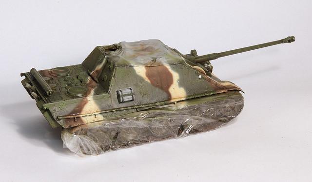 Jagdpanther Tamiya (char fini) 1/35 - Page 2 IMG_3069