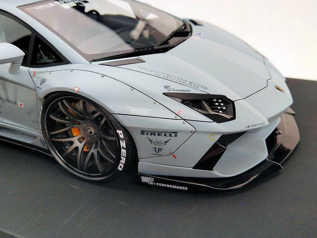 LB-PERFORMANCE-AVENTADOR-Zero-Fighter6.jpg