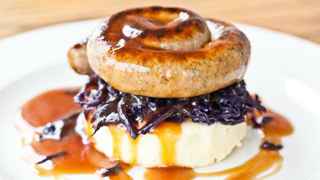 Sausage-and-Mash-at-The-Royal