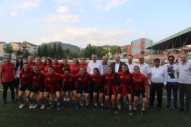 zafer_kupasi_2018_kadin_futbol_turnuvasi_3