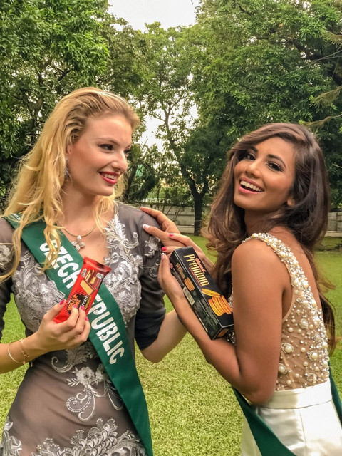yashvi aware, miss earth usa 2018. - Página 5 FB_IMG_1539213396144