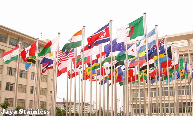 Tiang_bendera_stainelss_outdoor_Standing_Flags_stainelss