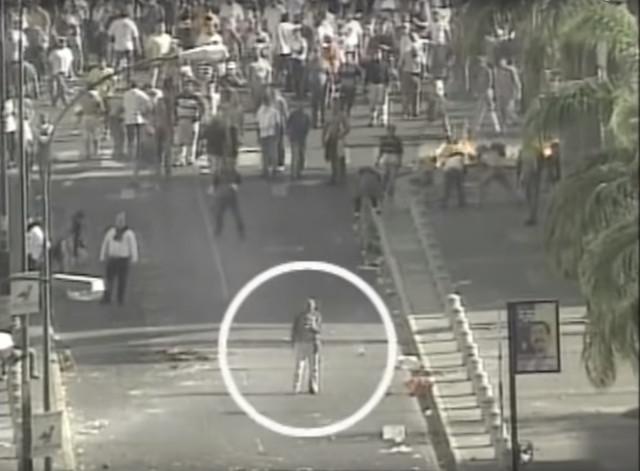¿Chavez (Tiburón 1) ordeno a su gente matar el 11 de Abril del 2002 ?  978979hhh