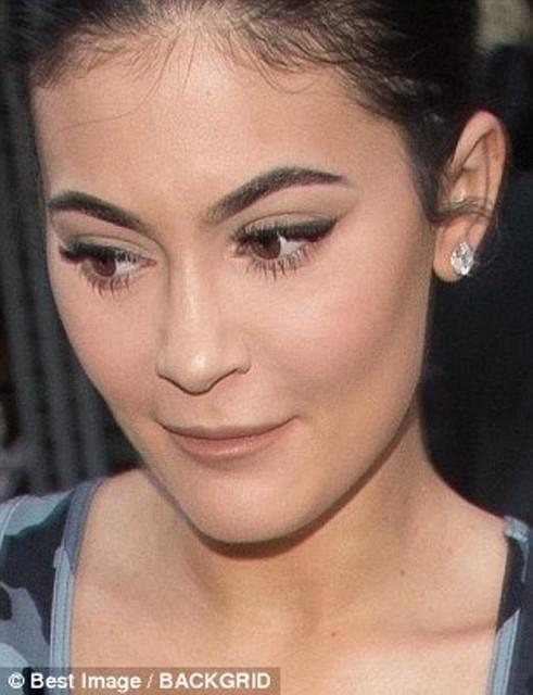 Kylie_Jenner_labios_sin_botox