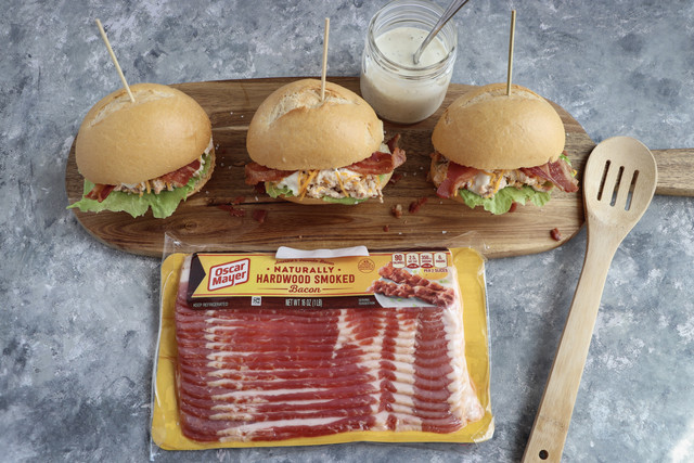 picture of chicken sliders with bacon
