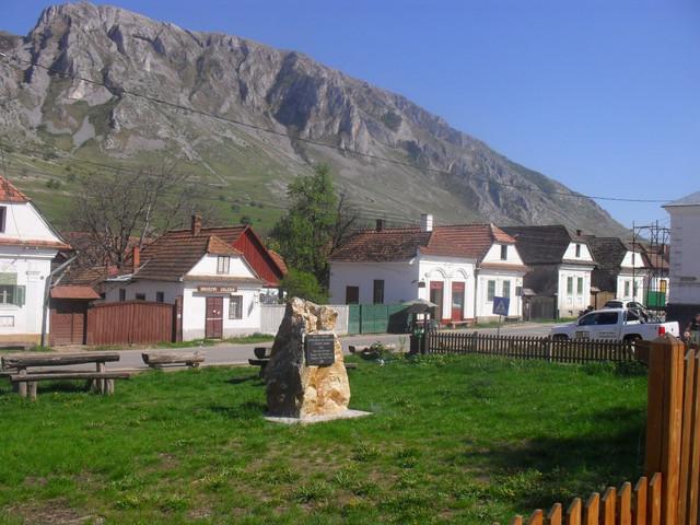 Centrul satului Rimetea