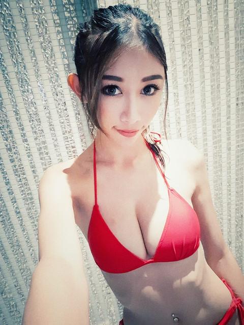 成熟香艷銅體美女_性感蕾絲內褲放飛自我_Angela_步步