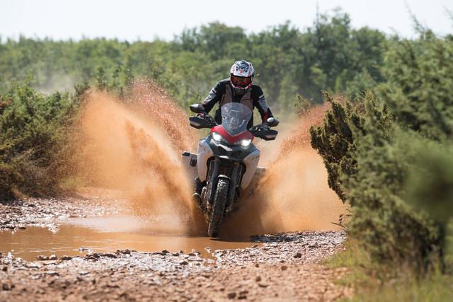 2019-Ducati-Multistrada-1260-Enduro-67