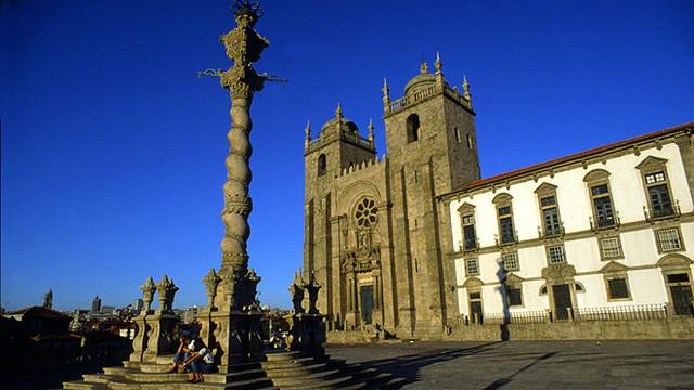 Porto_Se_Catedral_660x371