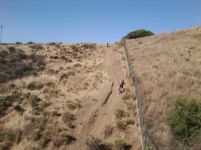 Cerro del aguila (cronica) Foto5106