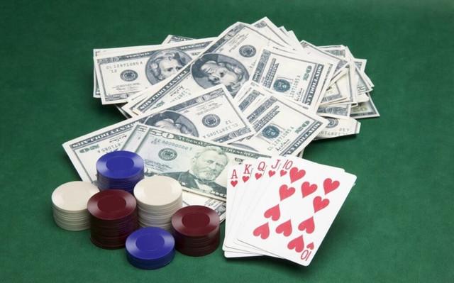 Можно ли зарабатывать, играя в покер