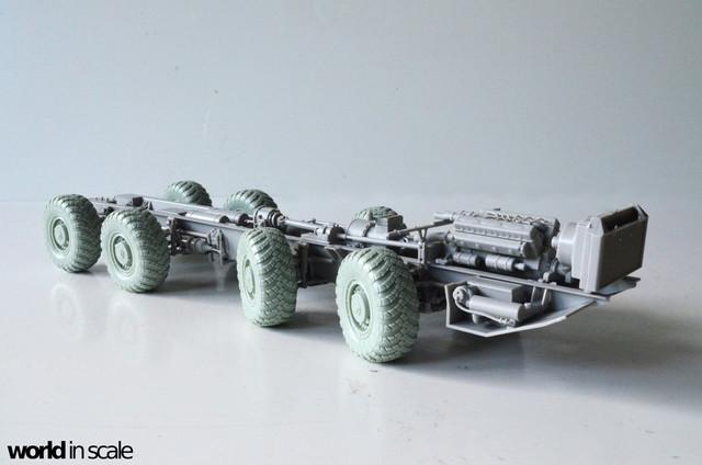 MAZ-543 + KS-6571 - 1/35 by Trumpeter, Panzershop  DSC_2843