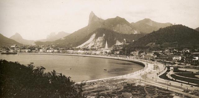 https://preview.ibb.co/hPTP85/Rio_de_janeiro_1889_00.jpg