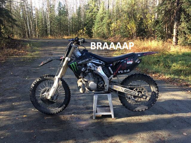 cr250 ride thumb