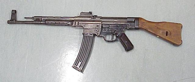 [Resim: Sturmgewehr_44.jpg]