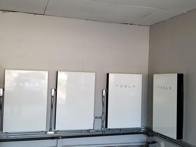 4 Tesla Power Walls