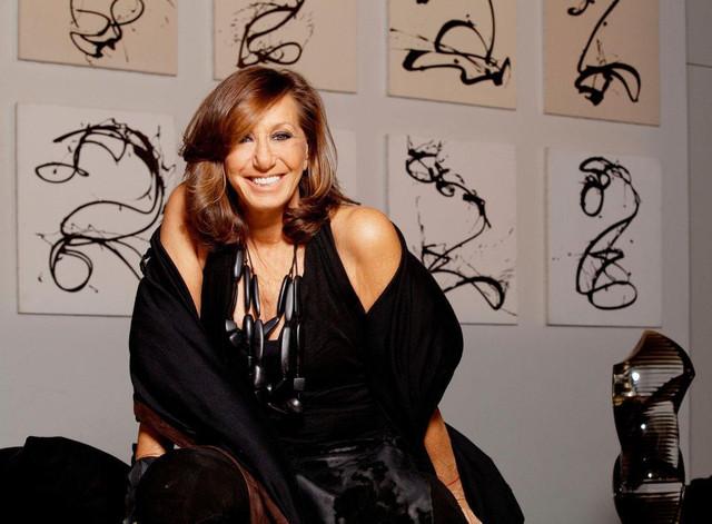 6e531e8c02e1 Η Donna Karan θέλει να σώσει τον κόσμο από τη βιομηχανία της μόδας ...