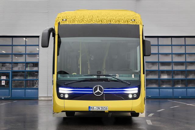 Mercedes Benz Citaro mit vollelektrischem Antrieb Exterieur 2 x elektrischer Radnabenmotor 2 x 125 k