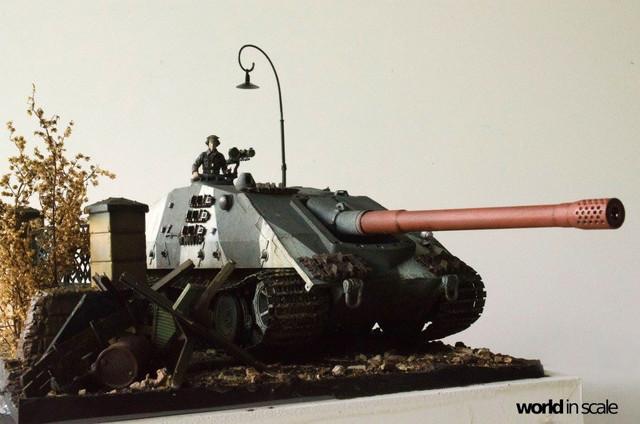 E-100 Jagdpanzer - 1/35 v. Trumpeter 32169597_1042675809233267_836258487905288192_o