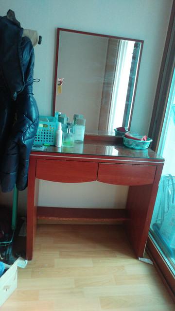 dressing-mirror-cabinet.jpg