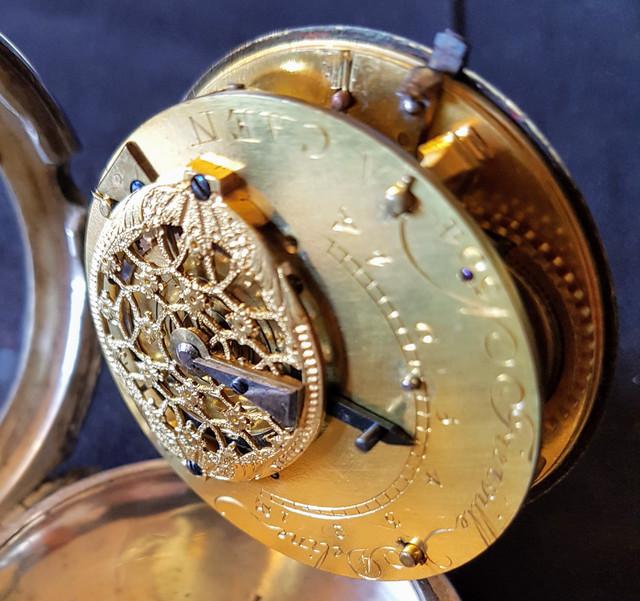 Cherche horloger pour réparation montre XVIIIe siècle 20180517_150440