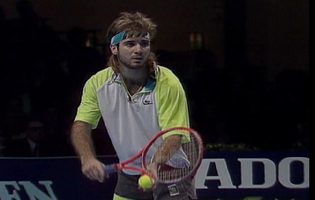 Классика тенниса: Агасси против Эдберга в финале Итогового турнира (ВИДЕО)