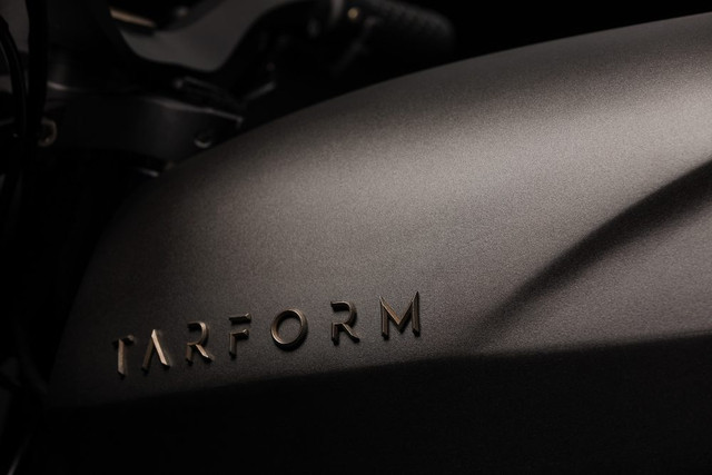 tarform-electric-motorcycle-3d-prints-its-way-into-existence-1