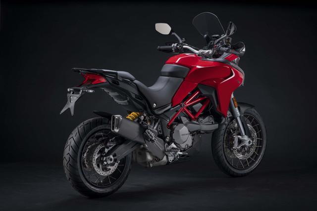 2019-Ducati-Multistrada-950-S-06