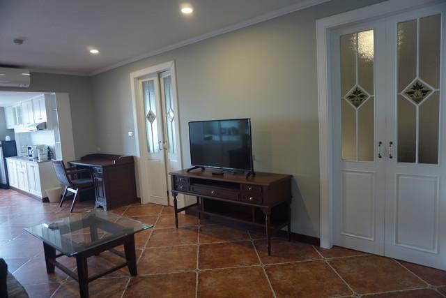 Deluxe Type 1 Living room