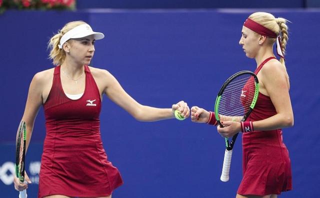 WTA Elite Trophy. Сестры Киченок выиграли второй матч в группе и вышли в финал