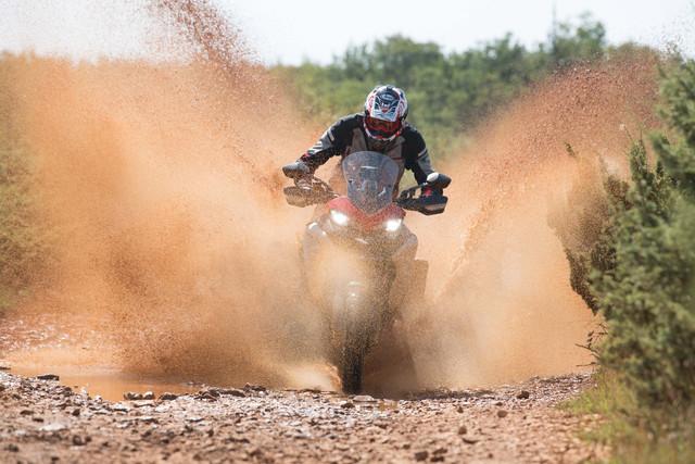 2019-Ducati-Multistrada-1260-Enduro-68