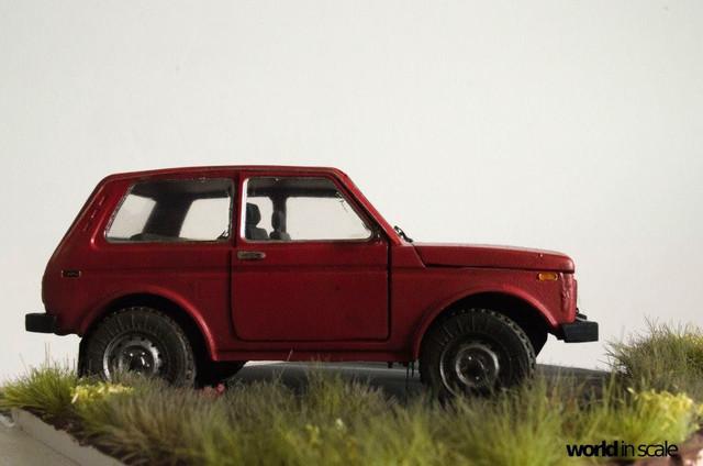 Lada Niva - 1:35 von Balaton Modell   24068489_946724375495078_5240734011962128405_o