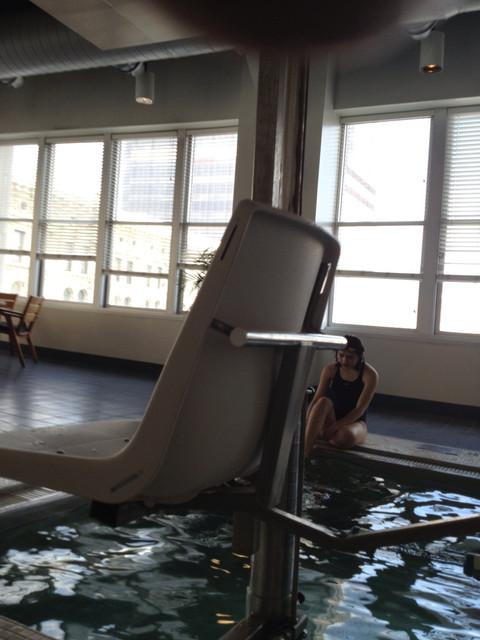 Hotel_Pool_Series_125.jpg