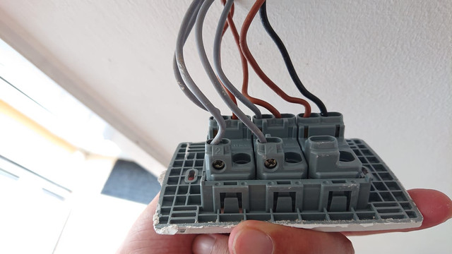 Interruptor 1 al reves