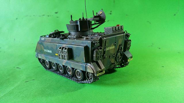 M-113 VULCAN  1/35 Italeri M113_f