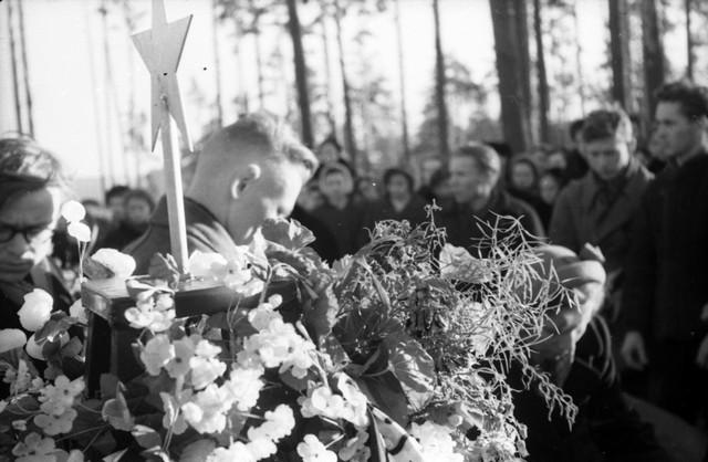 Dyatlov pass funerals 9 march 1959 25