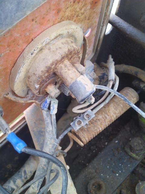 [Agria 9900] Reparación instalación eléctrica IMG_20170417_113440