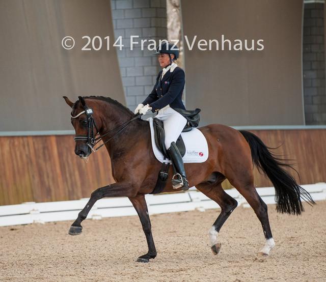 Mary-Hanna-riding-Sancette-in-the-Boneo-Park-GP-CDI-on-24-01-2014-Photo-Franz-Venhaus