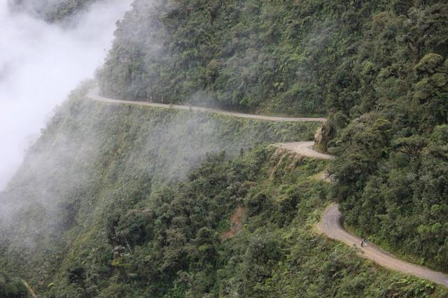 14217810 Walking Biking the worlds most dangerous road in Bolivia 8275639809 1493897154 1000 8358f7e