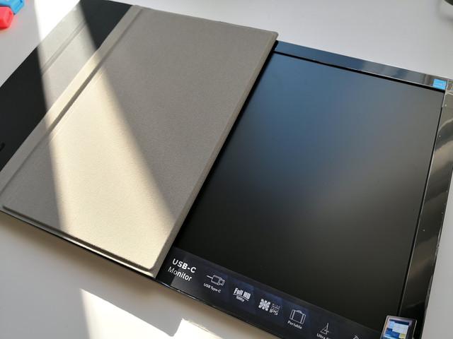 AOC-monitor-12