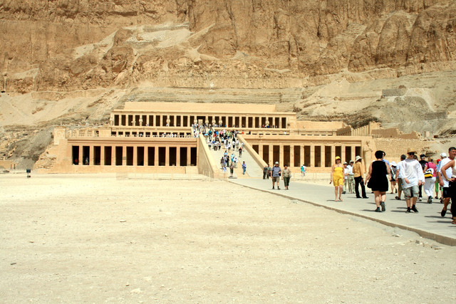 The_Mortuary_Temple_of_Hatshepsut_is_the_focal_point_of_the_Deir_el_Bahri