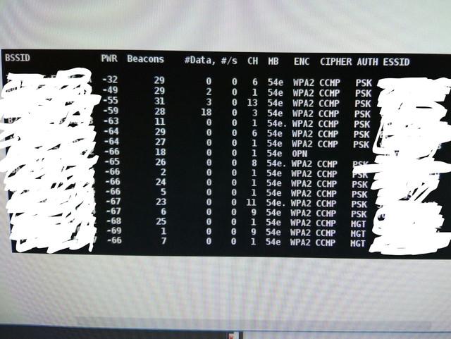 https://preview.ibb.co/kmG9Ev/sin_antena_LI.jpg