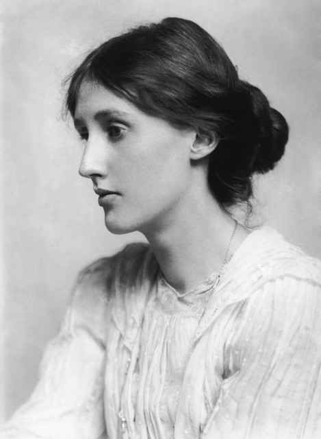 George_Charles_Beresford_Virginia_Woolf_in_1902_Restoration